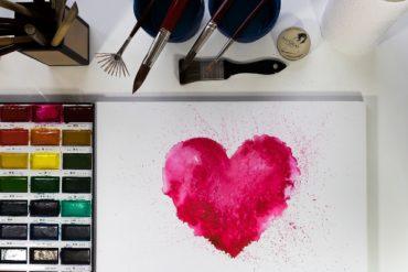 Ludzie o wielkim sercu dla budzenia serc innych